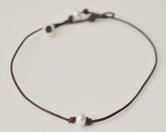 Single Freshwater Pearl Necklace - Brown