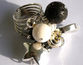 Black beads ring