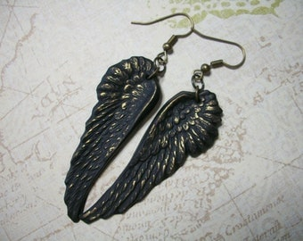 Golddust Raven Crow Black Wings earrings gothic jewelry