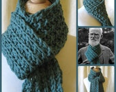 Mens Handknit Scarf  -  George Bernard Shaw -  Famous Authors Series - Green Wool Holiday Gift