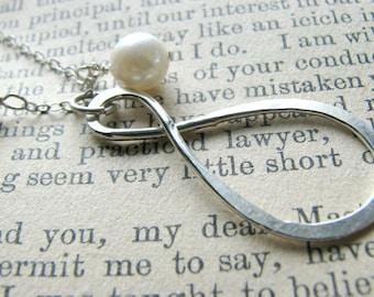 Best Friend Infinity Necklace - Medium - True Friend Soul Sister Friendship Gift - Birthday Graduation Valentines Mothers Day