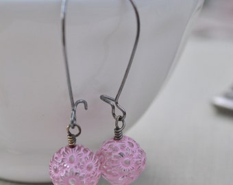 Pastel Pink Carved Lucite Earrings, Gunmetal Kidney Wire, Retro Vintage Etched Lucite Earrings