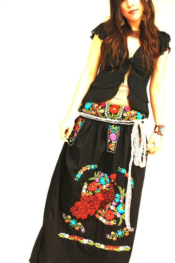 Noche Vintage Mexican Embroidered Boho Maxi Skirt By