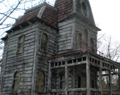 Bates Mansion from Psycho! The Haunted Construction co. haunted hollywood collection