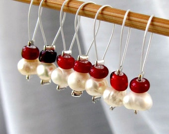 Cherries of the Night - Seven Snag Free Stitch Markers - Fits Up To 5.0 mm (8 US) - Open Edition