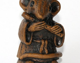Church Mouse Musician - Playing the Flute