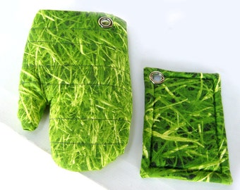the GREEN GRASS magnet set for Nature and Gardening Lovers Oven Mitt and Pot Holder