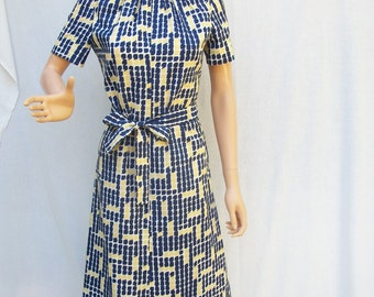 60s Navy Yellow Geometric Day Dress size Small Doncaster Sheath Dress