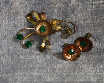 Vintage Emerald Rhinestone and Coppered Gold Brooch and Earring Set