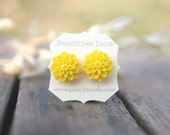 Bright Yellow Chrysanthemum Flower Earrings // Bridesmaid Gifts // Maid of Honor Gifts // Vintage Country Wedding