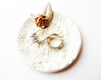 Wedding Ring Pillow Ring Bearer Bowl Dish Pillow Alternative Wedding Ring Holder Ring Plate Spring Floral White Gold Unique Custom