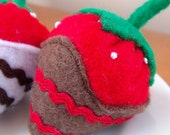Felt Food Chocolate Covered Strawberries Eco Friendly Pretend Play Food for Childrens Toy Kitchen - Set of Three