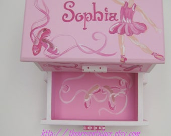 personalized jewelry box, hand painted ballerina themed jewelry box,pink,girl gift, little ballerina,girls jewelry box,childrens box,ballet