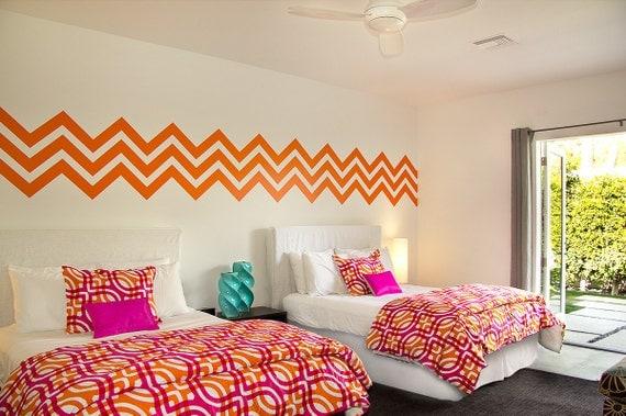 dinding modern minimalis motif chevron unik