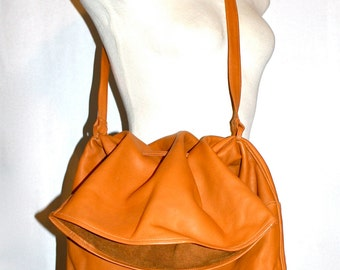 HALSTON Vintage Handbag Oversized London Tan Leather Foldover Drawstring Tote - AUTHENTIC -