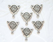 4- Antique silver plated elegant leaf 3 ring connector stampings - FN152