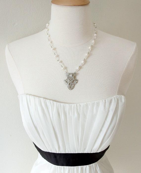 Fleur De Lis, Deco Style. Pearl and Crystal Vintage Rhinestone Necklace.