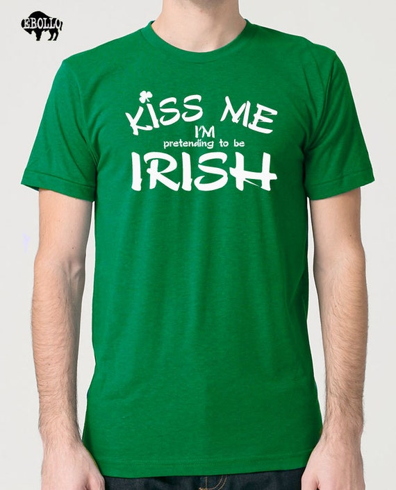 Kiss Me I'm IRISH Mens T shirt st Patrick's Day