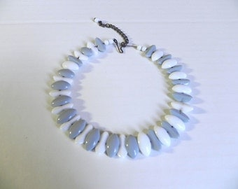Vintage 1950s Glass Choker Necklace - 40s 50s Glass Bead Space Age Choker - on sale