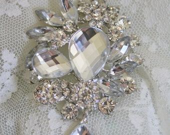 Rhinestone Brooch - Crystal Brooch - Vintage Style Brooch- Perfect For Bridal Wedding Bouquets - Bridal Sash