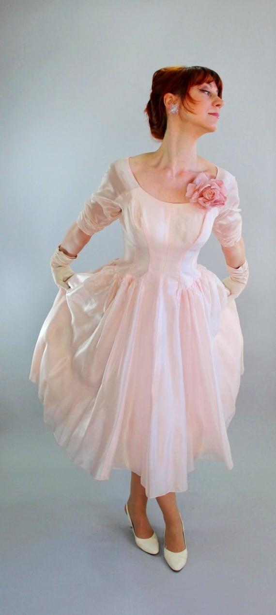 40% Off Sale - 1950s Pastel Pink Party Prom Dress. Mad Men Fashion. Weddings. 50s Formal Dress. Spring Wedding. Size Medium