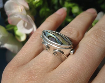 Gorgeous, dramatic ABALONE and STERLING SILVER ring, size 6.5 ~ Free ship in the U.S.!