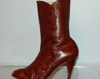 vintage 80s victorian granny boots size 9 leather lining leather sole