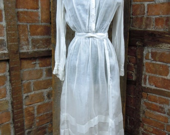 Edwardian Day Dress/ Antique Victorian Dress/ Titantic here we come/ 827
