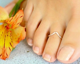 Chevron Toe Ring or Knuckle Ring - NOW in Rose Gold Filled