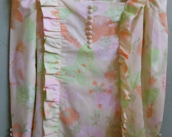 """Vintage 70's Hand Sewn Matching Top and Skirt with Butterfly and Floral Material Bust 32"""" Waist 24"""""""
