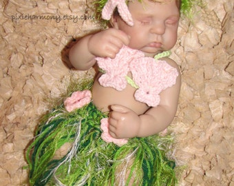 Newborn Hawaiian HULA Dancer Island Photo Prop- Grass Skirt - Shell or Coconut Bra and Choice of Headband - ADJUSTABLE Made to Order