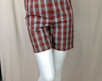 Vintage 1960s plaid Bermuda shorts Henry of Norfolk Atlanta High Waist Mid Century Call the Midwife