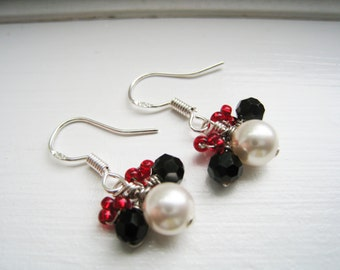 DISNEY - Minnie Mouse Themed Swarovski Pearl Beaded Earrings - NEW Design