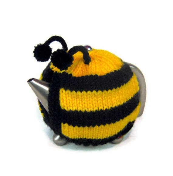 Novelty Tea Cosy Knitting Patterns : Bee tea cosy knitted novelty tea cozy Spring teapot by jarg0n