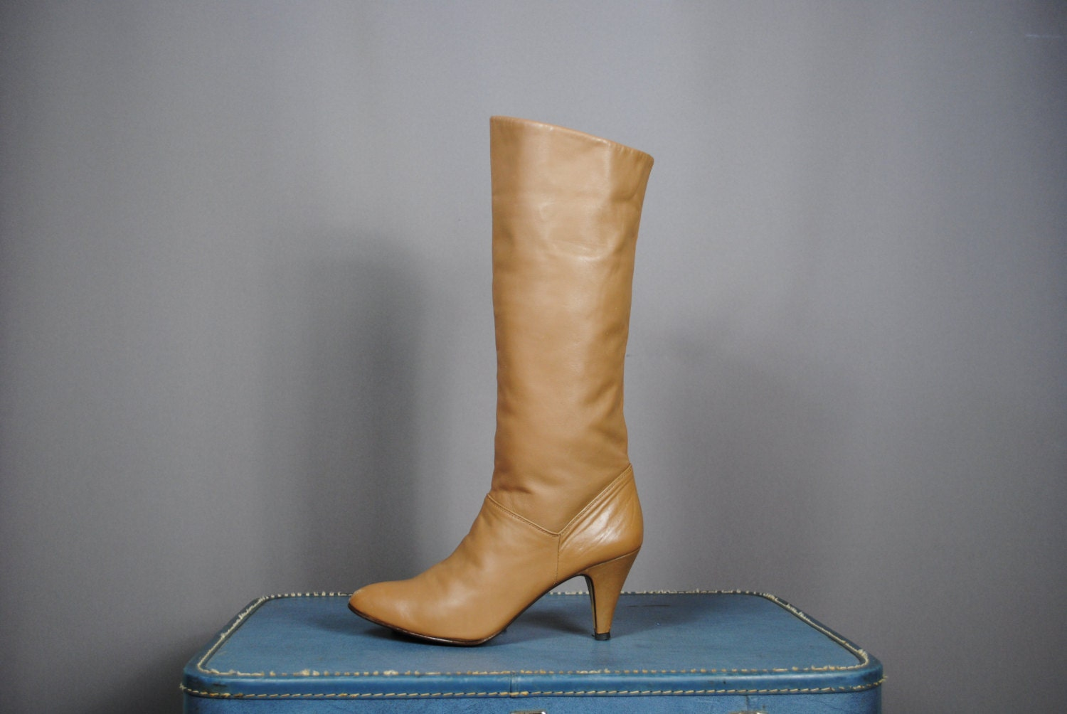 vintage 80 s beige leather knee high boots size 10