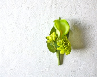 Real Touch Green Calla Lily Boutonniere Buttonhole with Pompom Mums and Leaf Accents for Weddings