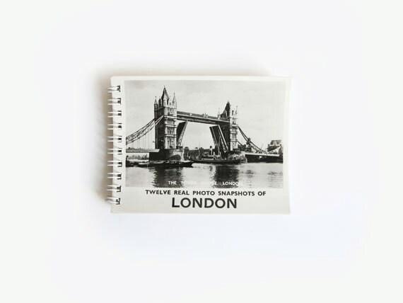 London Vintage Photo Book (12 photos) Souvenir