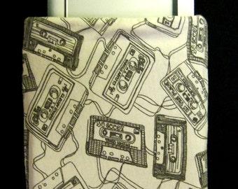 E-reader Cassette Tape Sleeve