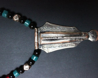 Tuareg Amulet Pendant with Onyx and Sandcast Beads