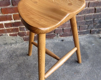 Stool made in sustainably sourced white oak.