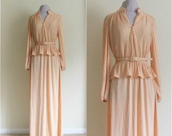 VINTAGE PEACH GOWN|1980s Vintage Peach Peplum Evening Dress|Leslie Fay Peach Gown|Bridal Party Evening Gown