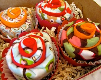 Burp Cloth Cupcake Baby Girl Gift Retro Sweet Birdie Set