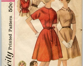 1960s Vintage Sewing Pattern Simplicity 4033 Juniors One-Piece Dress Scarf and Pop-On Bust 33