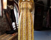 Vintage Dress . 1960s Yellow Floral Maxi Dress with Peter Pan Collar . Size Small / Medium