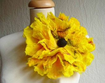 felted flower corsage pin brooch, handmade, felted wool flower, lagenlook, handmade, shawl pin,yellow, large, MADE TO ORDER