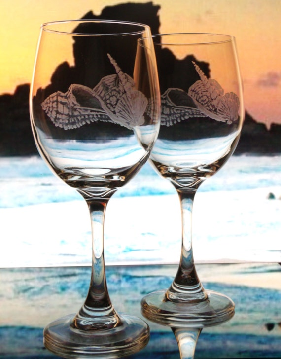beach sea shell wine glasses, hand engraved seashell goblets, personalized , beach wedding , beach decor, personalized beach gift