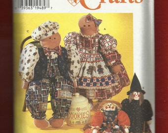 Simplicity 7345 Holiday Season Rag Dolls Scarecrow Witch & Gingerbread People Size 31 inches Tall UNCUT