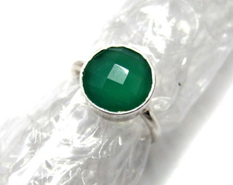 925 Sterling Silver Green Onyx Ring , Fine Quality Chekker cut Faceted Round Shape gem stone Hand made Ring