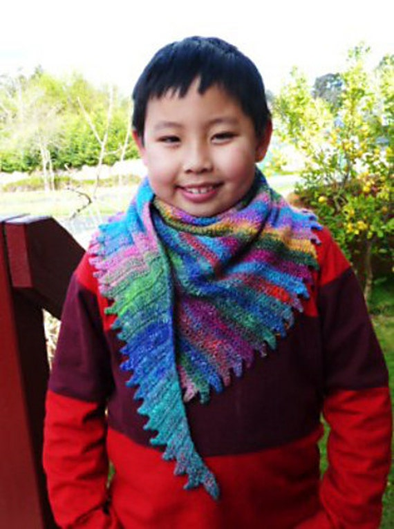 Noro Dino Tail Neckerchief/Wrap/scarf - PDF pattern only. Pattern is written in standard American terms