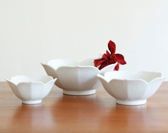Vintage Porcelain Lotus Bowls Set of 3 - Mid Century